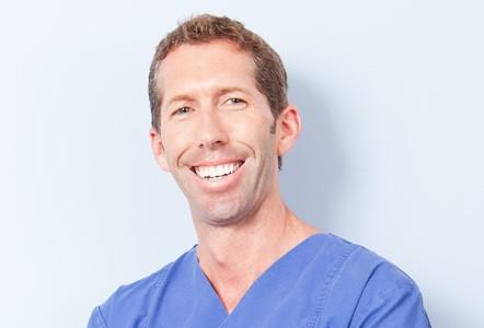 Dr. Georg Davidson